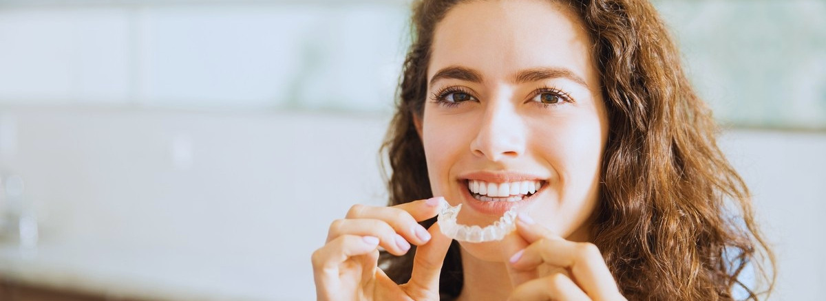 Best Clear Aligners Or Invisalign Treatment In Lahore Pakistan